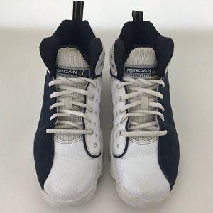 Nike Youth Sz 7Y Sneakers Team Jordan